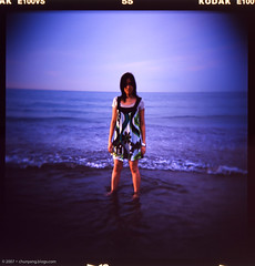 acoustic melody (Solar ikon) Tags: sea summer 120 6x6 film beach square holga lomography kodak taiwan slide xian f56 e100vs 2007 120gn