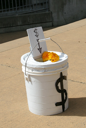 The money bucket