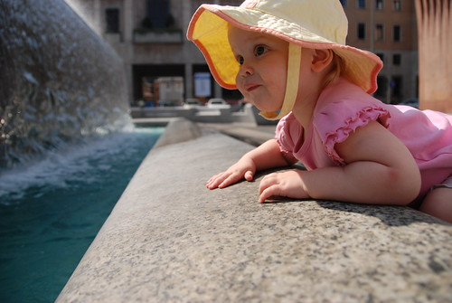 Anna and the fountain