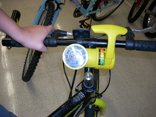 Huffy Sonic: SPEEDOMETER and SHIFTER!