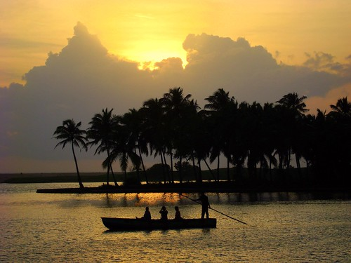Poovar - magical moments