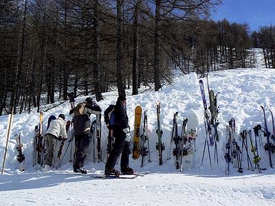 skis plantés.jpg