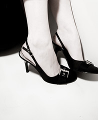(olivelife) Tags: black shoe joy heels jewels filmnoir breakfastattiffanys utata:project=justblack