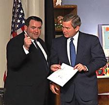Huckabee Bush 2003