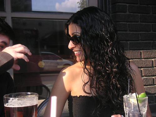 aarti con gafas de sol (click para ver más grande)