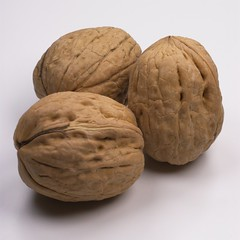 Walnuts Reduce Risk of Breast Cancer