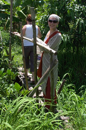 Walking through the junglish