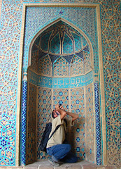 drown in beauties of architecture (Alieh) Tags: blue architecture persian iran persia iranian  esfahan isfahan bluetiles      jamemosque natanz  aliehs alieh     upcoming:event=235013 natanzjamemosque  1ehsan