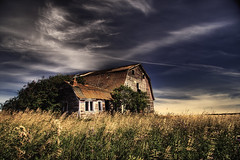Just a Barn (GStick) Tags: canada barn rural landscape countrysid