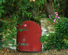 Haven's Gate (linda yvonne) Tags: california eye ivy retreat carmel restingplace stonewalls hobbithouse i500 instantfav gtaggroup likeafairytale mywinners mywinner abigfave abigfav pinkgeraniums anawesomeshot colorphotoaward amazingshots citrit heartawards havensgate