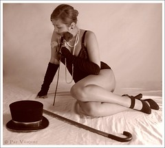 Pin Up ( Paz Vsquez  Photography ) Tags: woman sepia sensual charleston pinup miseria delicada sutil provoca