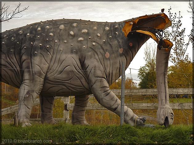 P1120420_dinosaur