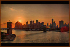 - Sonnenuntergang - Sunset - in New York - (Haldorfer) Tags: city nyc travel bridge sunset vacation sky usa sun newyork tourism water skyline architecture brooklyn america skyscraper river evening abend holidays wasser cityscape sonnenuntergang harbour manhattan urlaub sightseeing himmel financialdistrict stadt eastriver architektur amerika hafen brcke fluss sonne ferien freizeit hdr tourismus reise hochhaus wolkenkratzer hngebrcke stadtansicht sehenswrdigkeit hochhuser supershot abigfave platinumphoto colorphotoaward flickrdiamond bestofmywinners coth5 newgoldenseal tripleniceshot mygearandmepremium mygearandmebronze dblringexcellence tplringexcellence haldorfer photographyforrecreationeliteclub jrgenkrug eltringexcellence rememberthatmomentlevel4 rememberthatmomentlevel1 rememberthatmomentlevel2 rememberthatmomentlevel3 rememberthatmomentlevel7 rememberthatmomentlevel9 rememberthatmomentlevel5 rememberthatmomentlevel6
