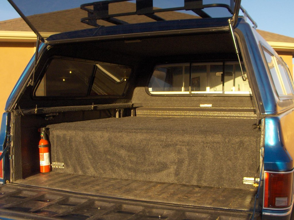 Co 73 87 Gm Swb Snugtop Topper With Roof Rack And
