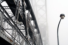Duluth Lift Bridge in Fog (Sharon Mollerus) Tags: minnesota fog greatlakes duluth lakesuperior liftbridge canalpark blueribbonwinner qd11 20070905canalpark8