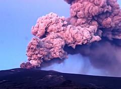 (siggisjeik) Tags: mountain ice fire death volcano iceland earthquake twilight kevin purple glacier porn ash emergency doomsday eruption eyjafjallajkull ashcloud