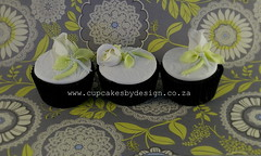 Nina's roses cupcakes (Dot Klerck....) Tags: flowers roses green cakes southafrica capetown dot bows dalmations cupcakesbydesign
