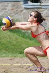 Bump (Danny VB) Tags: park light canada men beach sport ball team sand women quebec plateau montreal ballon sable lifestyle playa player tournament volleyball milton athlete montroyal plage parc volley aa coors equipe volleybal mountroyal 2010 coorslight excellence volei qualification balle pallavolo joueur jeannemance voleibol volant  siatkwka tournois voleiboll volleybol volleyboll voleybol qualif  lentopallo siatkowka vollei joueuses voleyboll palavolo deplage montreal514 mygearandmepremium mygearandmebronze cqe2010 volleibol volleiboll