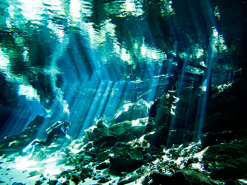 Cenote Dos Ojos 09