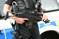 Armed Police close (scottishpinz) Tags: airport edinburgh police glock armed koch taser heckler g36 x26