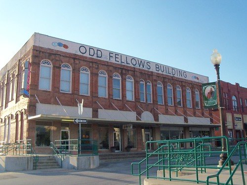 Odd Fellows Building, Waxahachie, Texas by fables98