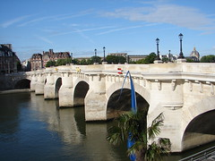 Pont Neuf - by Julie70