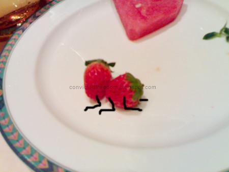 strawberries-humping-2