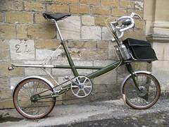 R0010344 (anglepoise) Tags: alex bike bicycle cycle moulton boa2007