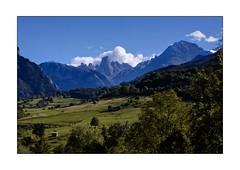 BUENOS VISTA (mark_rutley) Tags: lake mountains spain view asturias picosdeeuropa