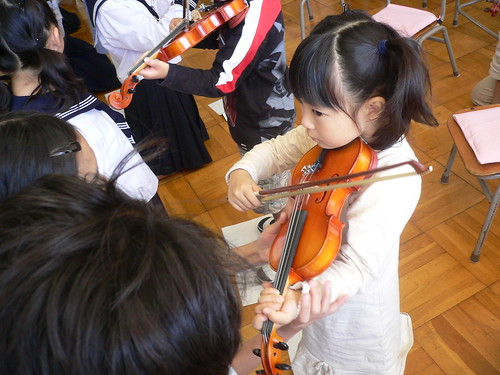 バイオリンと遊ぼう