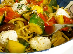 Meatless Monday, pasta w/zucchini