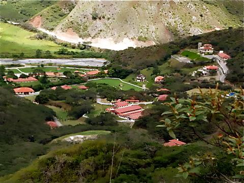 5098995301 c775c0ce33 Vilcabamba Ecuador Real Estate