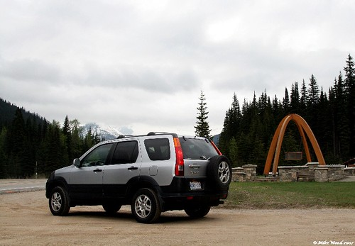 CRV at Rogers Pass 1