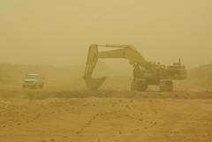 Gold mine Umashar - Cat 375 - Haboob (fbouf_2000) Tags: pentax sudan caterpillar shovel soudan goldmine haboob k10d umashar