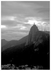 low contrast (VanMagenta) Tags: brazil bw rio brasil flickr janeiro magenta pb contraste van baixo vanmagenta