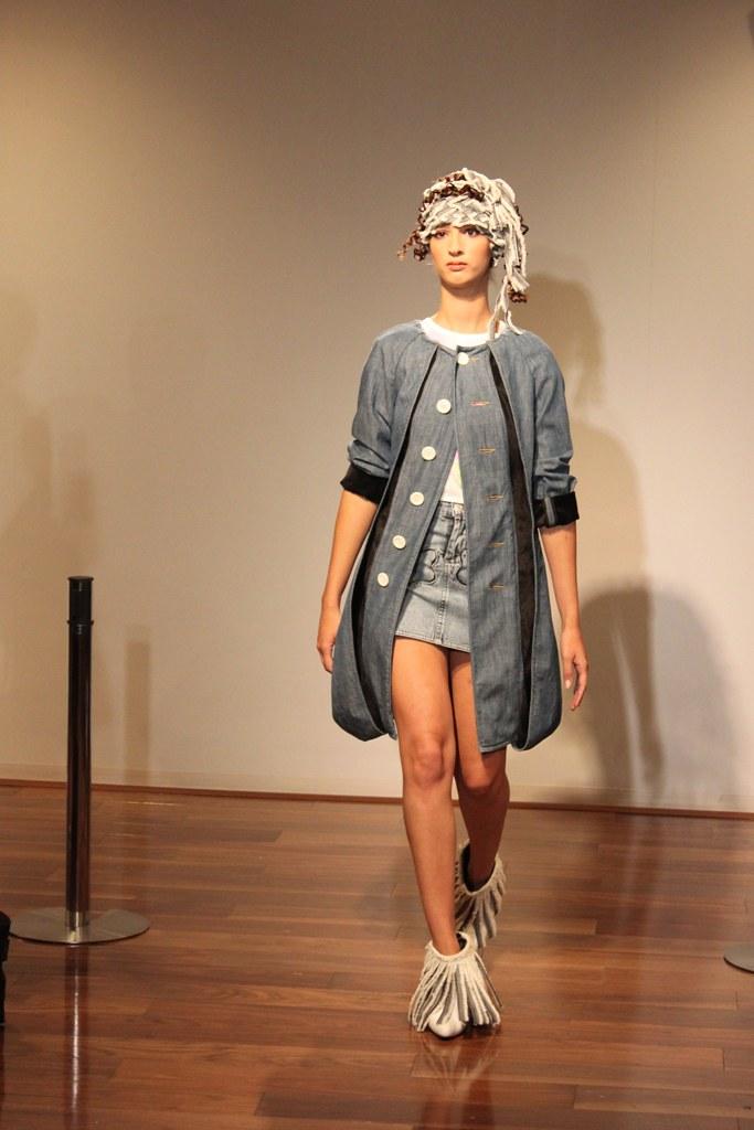 """Naoshi Sawayanagi Collection """"Japan Fashion Week in TOKYO 2010″ (11)"""