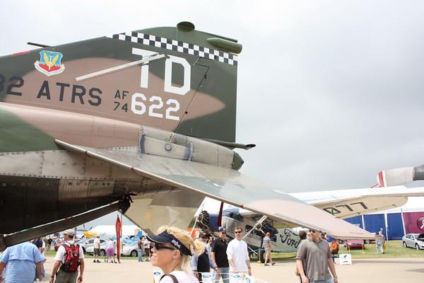 EAA10_F-4E_44