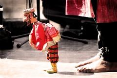 Master of the puppets / Maestro de marionetas - by victor_nuno