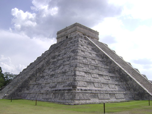 El Castillo/Temple of Kukulcan