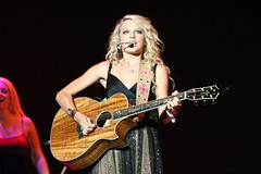 Taylor Swift (minds-eye) Tags: music hot guitar country bands taylor western swift concerts awards taylorswift