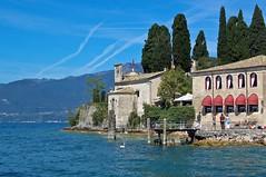 Parco Baia delle Sirene (Lake Garda) (faxao) Tags: boats garda sailing barche vela ishares centomiglia extreme40