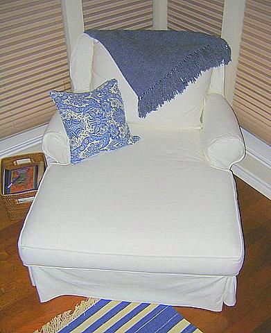 chaise blue