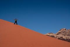 20090410 Jordania - 10 Wadi Rum 036 (blogmulo) Tags: travel red me canon sand desert ar dune yo arena jordan viajes desierto rum duna wadi roja jordania canon450d blogmulo