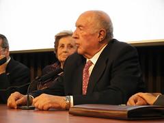 Juan de la Cierva Hoces, ante la atenta mirada de Concepción Cantero García-Arenal en Guadalajara el 22 de octubre del 2010
