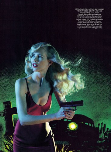 437px-Claudia_Schiffer_Harpers_Bazaar_UK_November_2010_3