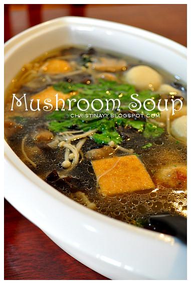 Potluck Lunch: Mushroom Soup