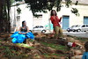 Trupe Tamboril - Alice no Maravilha (Bzaanon) Tags: artenapraça praçasérgiopacheco trupetamboril grupotamborildearteindependente alicenomaravilha