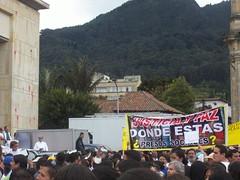 000_1084 (equinoXio) Tags: libertad colombia bogot marcha farc sptima equinoxio antiviolencia plazadebolvar contrasecuestro