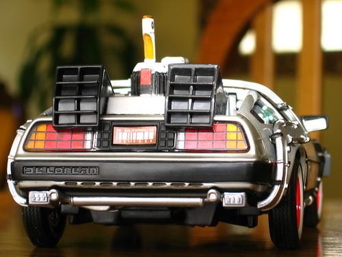"""El Auto de """"Volver al Futuro"""" (delorean)"""