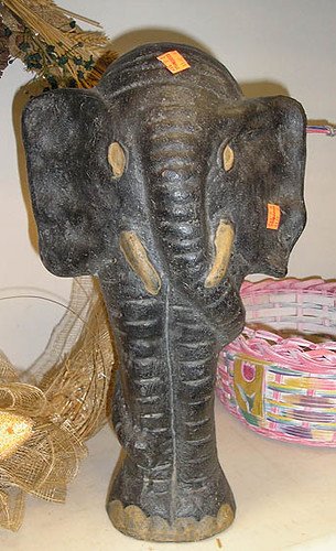 7-14-07gw183620elephant2